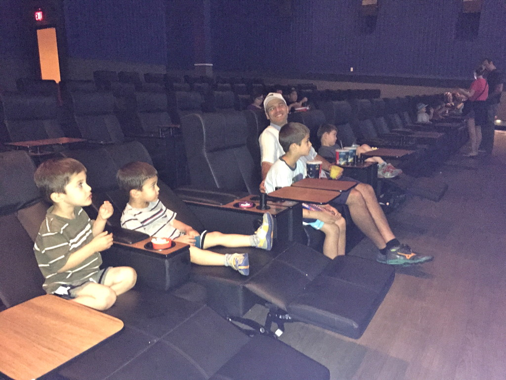 Stadium Seating theaters are awesome!