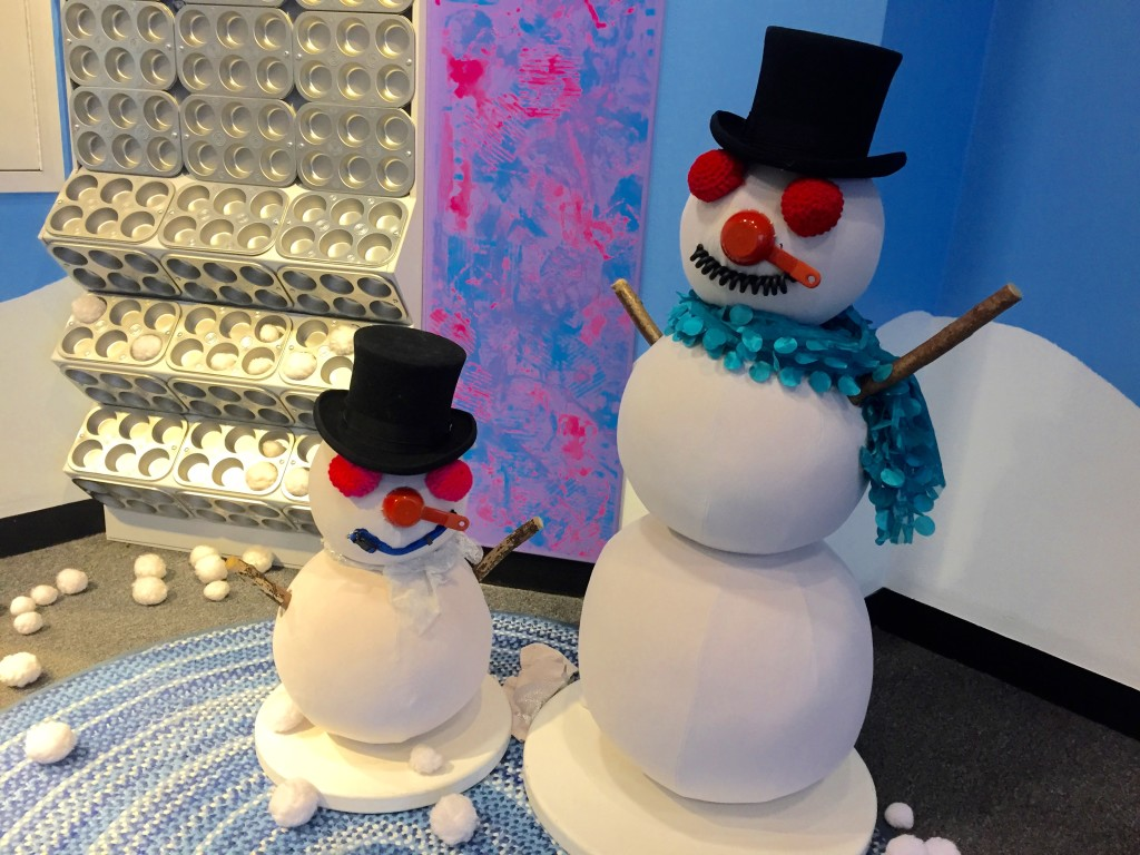 Snowmen to decorate.