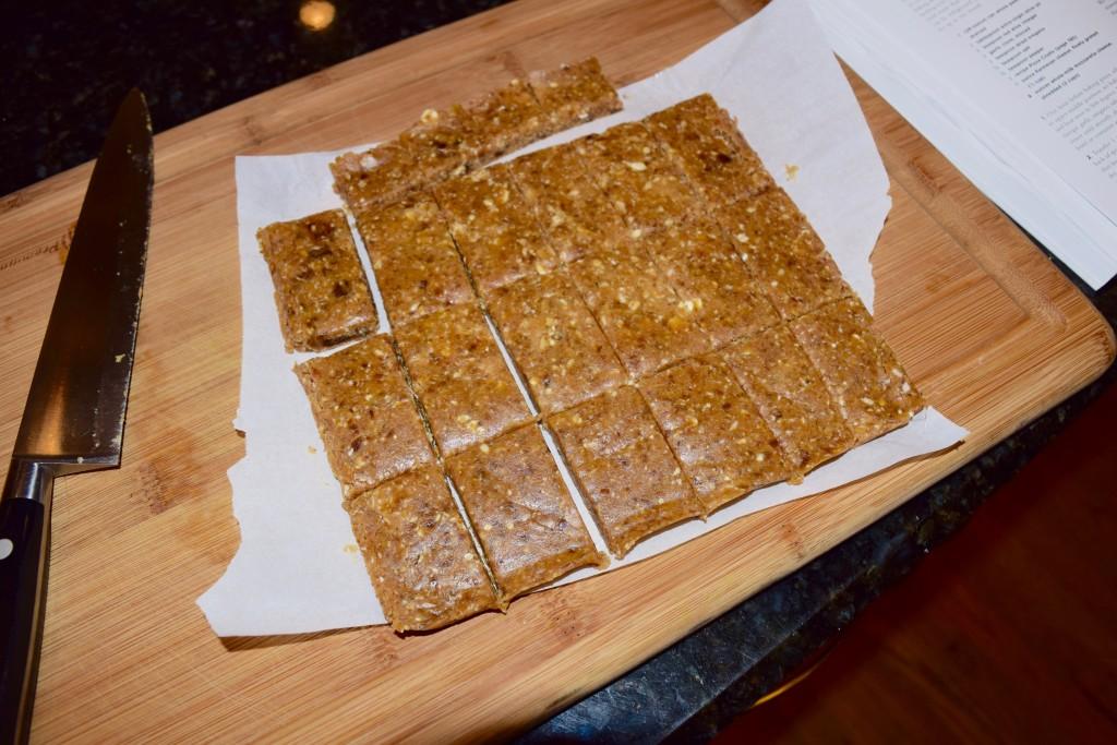 Minimalist Baker's 3 ingredient Peanut Butter Granola Bar
